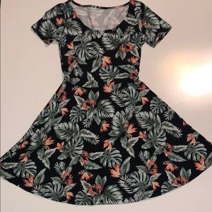 tropical print dress- size small